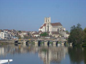 Leaving the Nivernais for the Yonne river