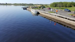 The moorings below the lock in Tarmonbarry on the river Shannon