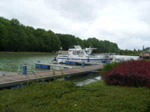 The moorings at Mareuil sur Ay on canal lateral a la Marne