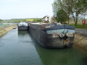 A lock on the river Yonne