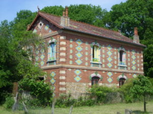 The Devil's house on the river Marne